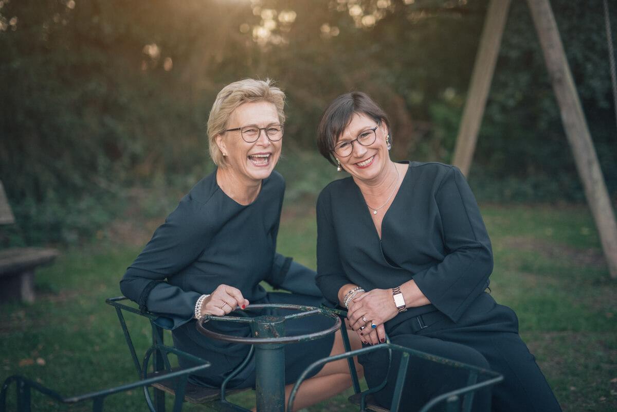 Edith Plegge und Ricarda Freifrau von Diepenbrock